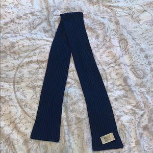 Burberry London Navy Blue Rib Knit Wool Scarf